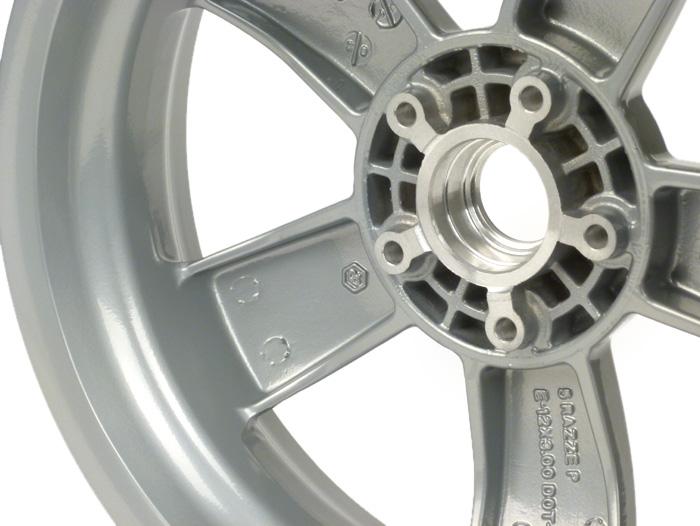 Felge PIAGGIO 3.00-12 Vespa GT  GTL  GTS  GTV  silber
