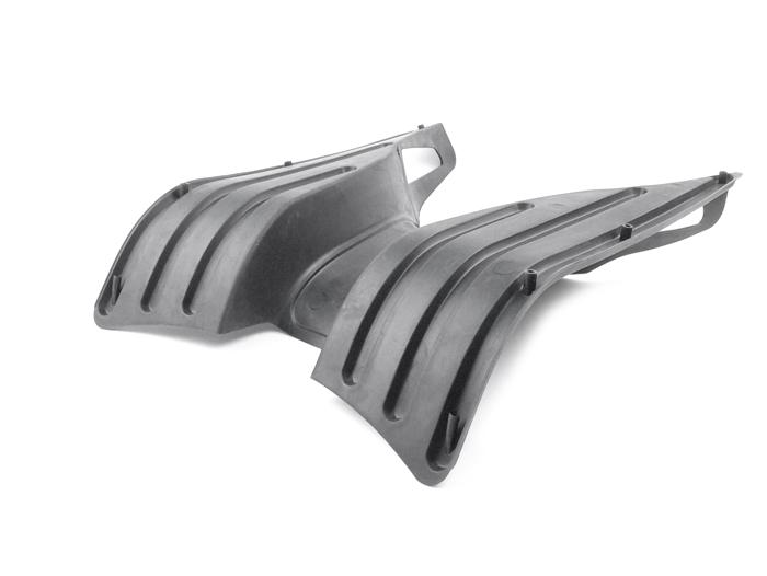 Fussmatte-Vespa-GT-GTL-GTS-GTV-125-200-250-300-schwarz-Piaggio-original