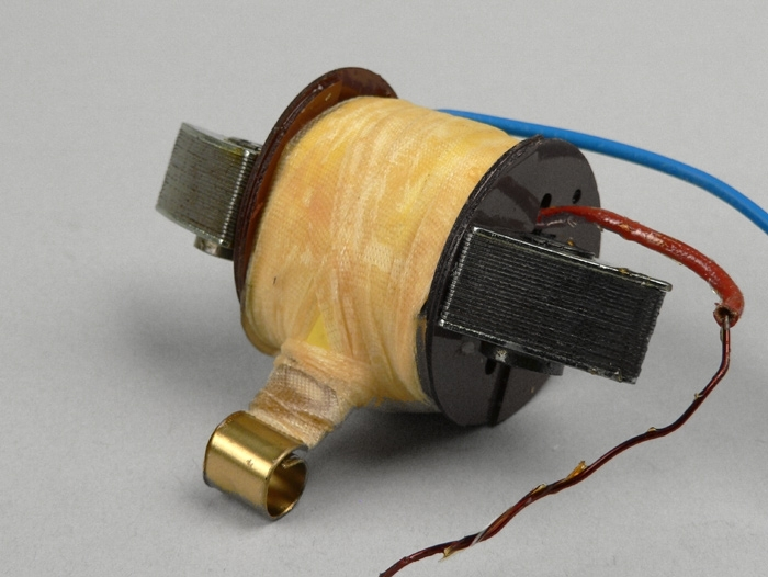 Zündspule Vespa V 90 125 PV ET3 VNB3T VNB5T Zündung CDI innen Lichtmaschine